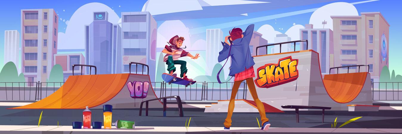 摄影师在溜冰公园或溜冰场拍摄青少年